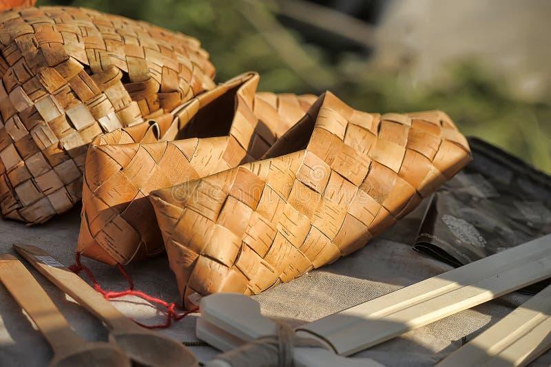 flätade sandals arkivbild