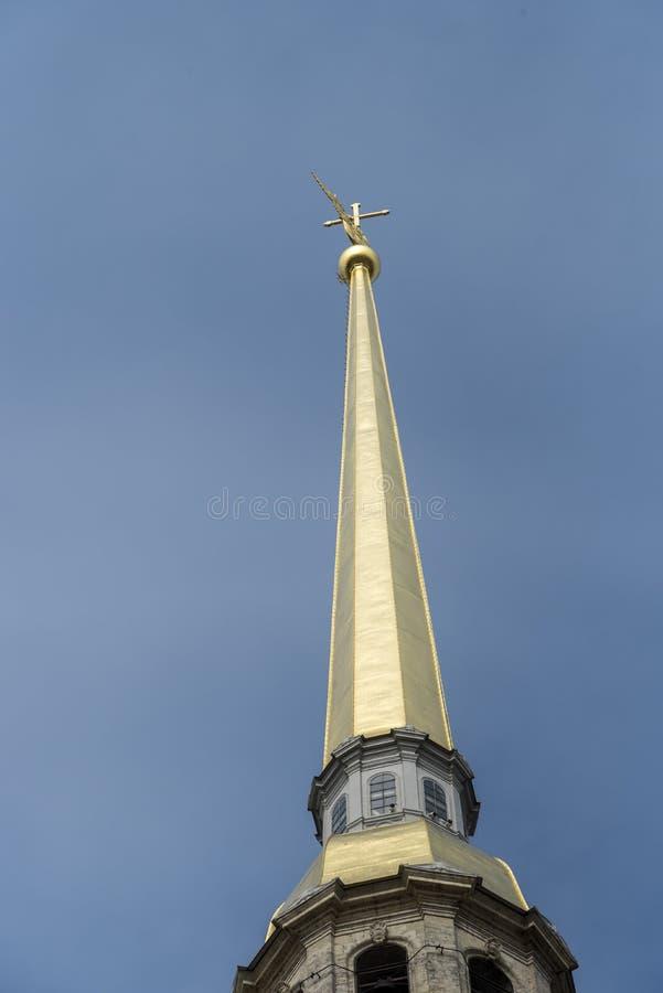Flèche de St Peter et de Paul Cathedral dans le St Petersbourg, Russie photo libre de droits
