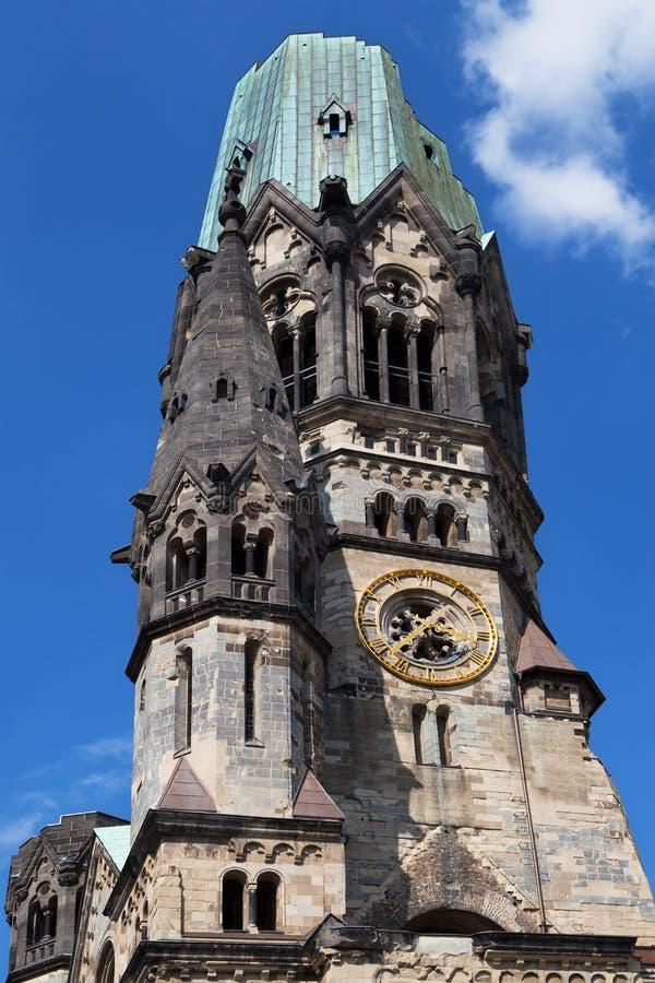 Flèche endommagée du Kaiser Wilhelm Church images stock
