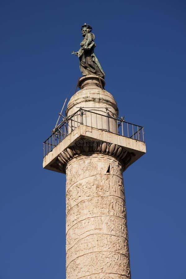 Fléau de Trajan ou Colonna Traiana à Rome image stock