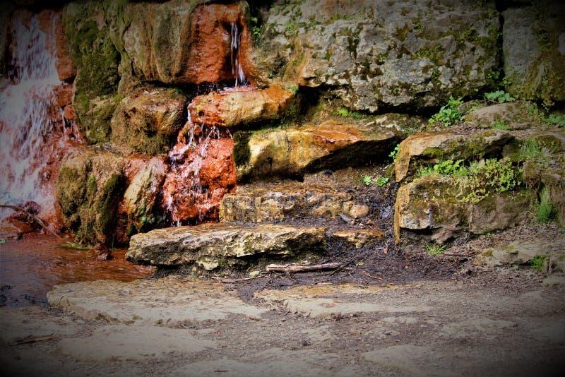 Flüssiger Wasserfall in Ohio lizenzfreie stockfotografie