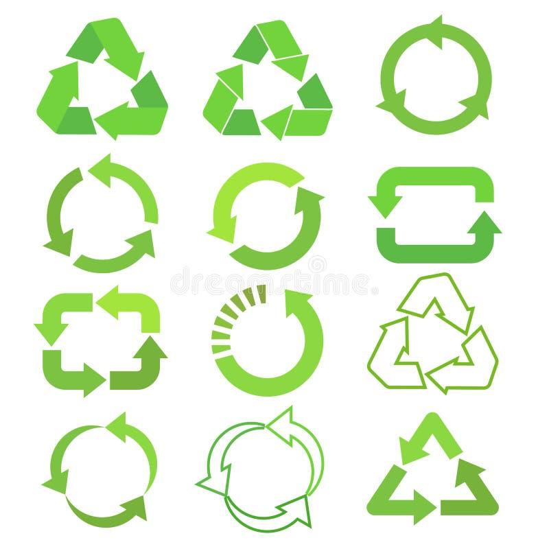 Fl?ches r?utilis?es d'ensemble, de cycle et de triangle d'ic?ne de vecteur d'eco dans un style plat Ensemble vert r?utilis? de si illustration libre de droits