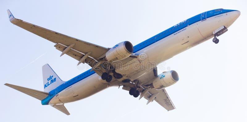 Flache Landung KLM-Fluglinien stockfotos