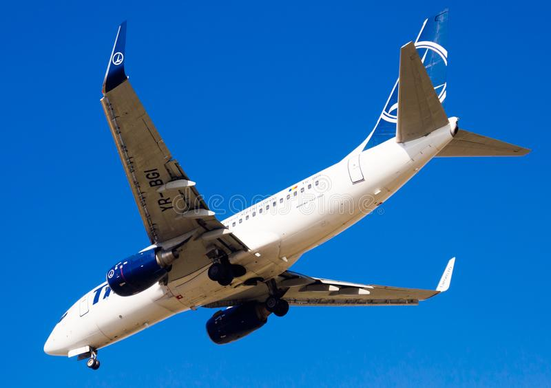Flache Landung Tarom-Fluglinien stockfoto