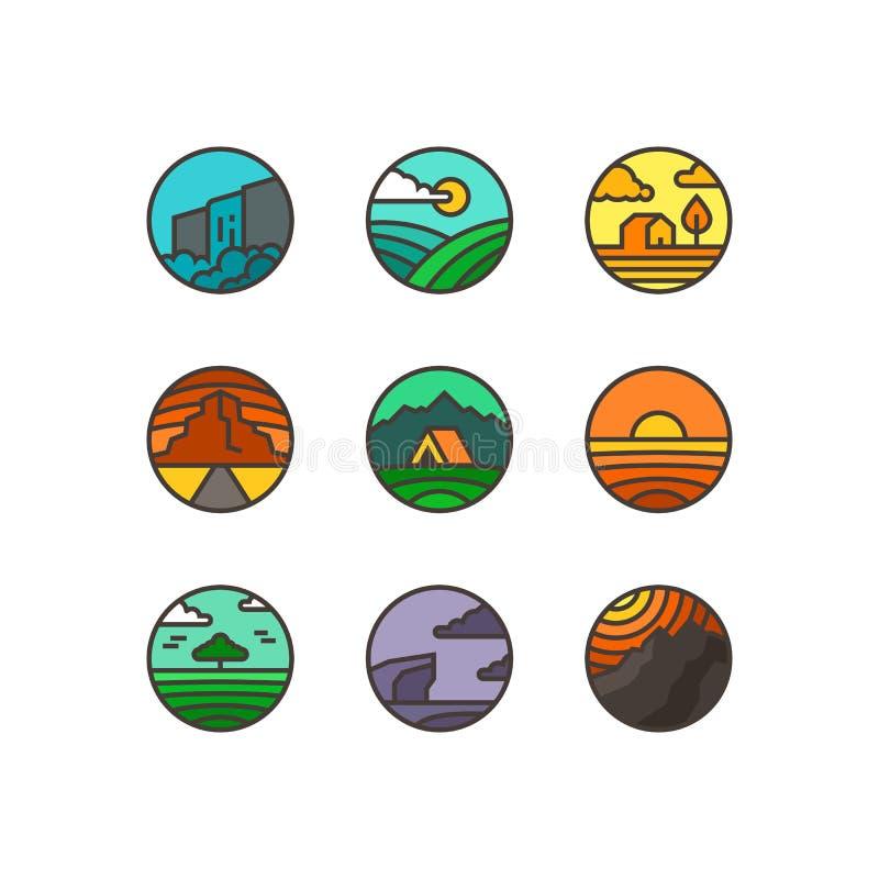 Flacher Satz des Vektors Naturlogos Embleme von Landschaften mit Wasserfall, Meer, Bergen, Feld und Holz lizenzfreie stockbilder