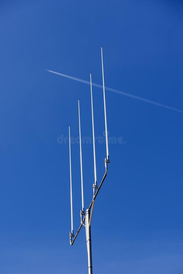 Flacher und blauer Himmel stockfotografie