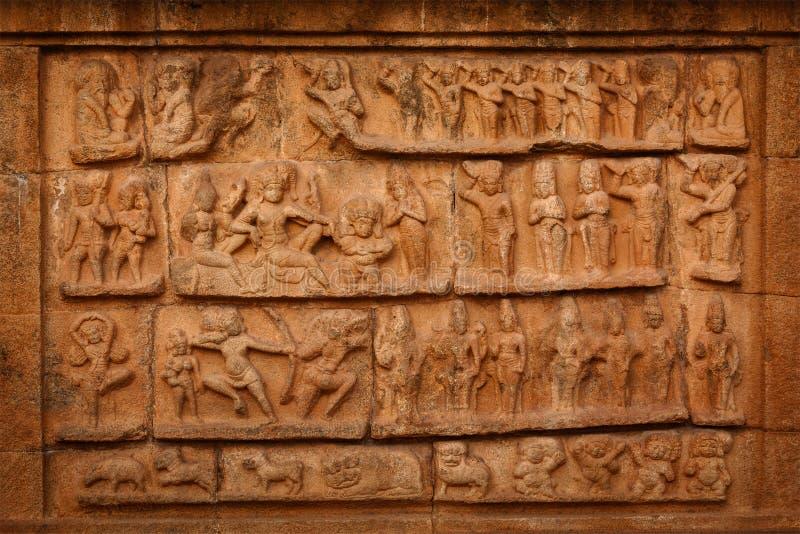 Flachrelief. Brihadishwara-Tempel, Tanjore lizenzfreies stockfoto