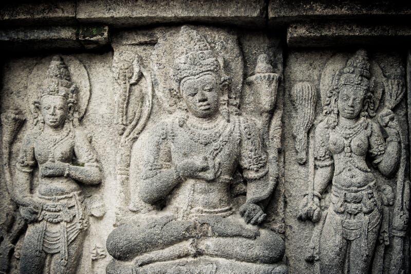 Flachreliefs des Prambanan Tempels, Java, Indonesien lizenzfreie stockbilder