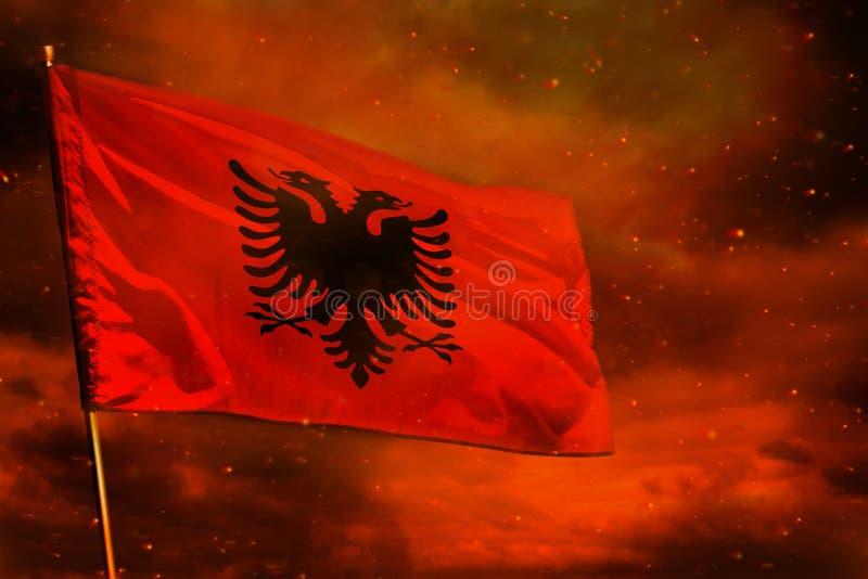 Fladdra Albanien sjunka på karmosinröd röd himmel med rökpelarbakgrund Besvärar begrepp stock illustrationer