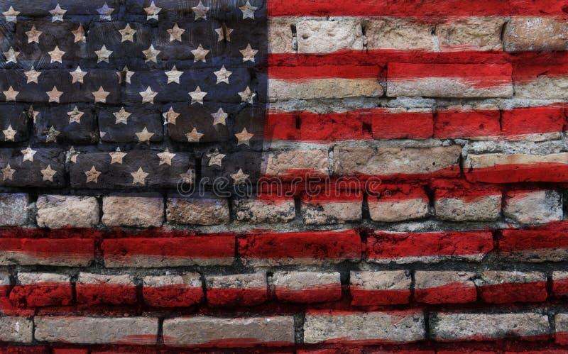 Flaga amerykańska na starej ściana z cegieł teksturze zdjęcie stock