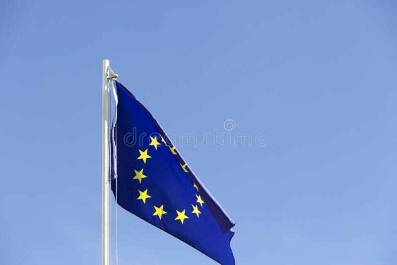 Flaga Europejski zjednoczenie na flagpole fotografia royalty free
