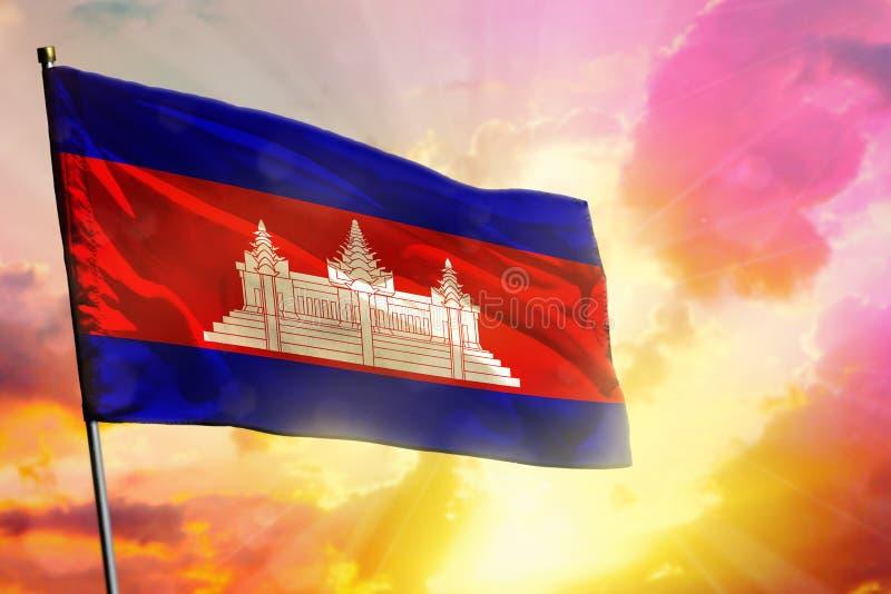 Flaga Kambodży na pięknym kolorowym zachodzie słońca lub tle wschód słońca Koncepcja sukcesu obrazy royalty free