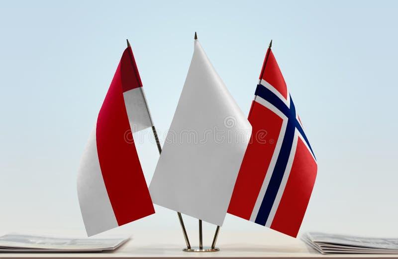 Flaga Monaco i Norwegia zdjęcia stock