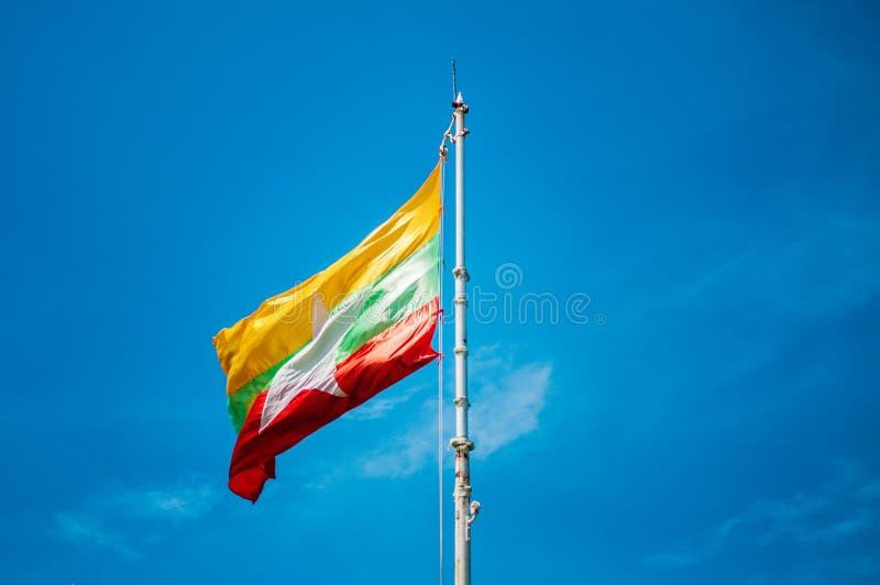 Flaga Myanmar, Nowa Myanmar flaga zdjęcie stock