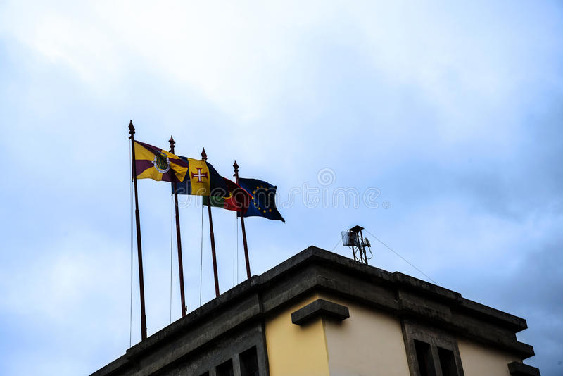 Flaga na Mercado dos Lavradores lub pracownicy rynek zdjęcie royalty free