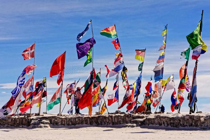 Flaga na Salar De Uyuni fotografia royalty free