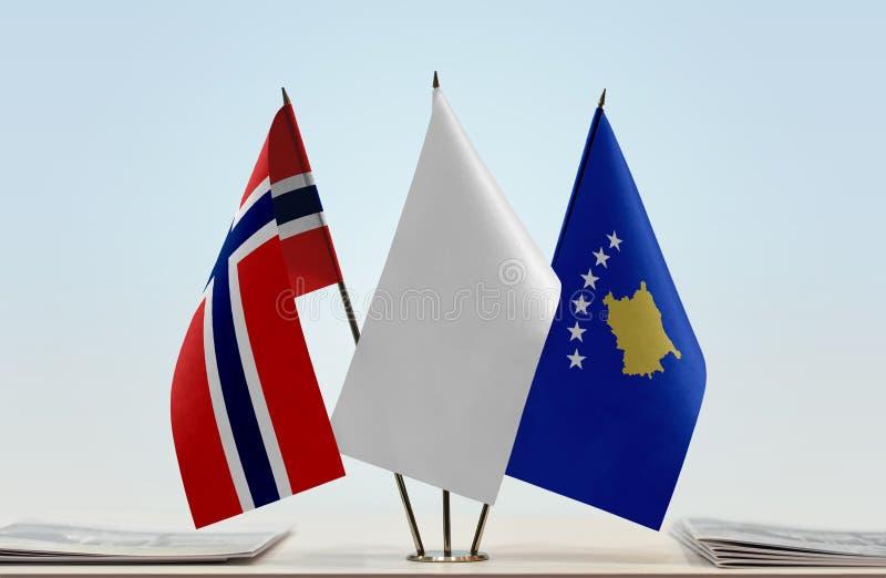 Flaga Norwegia i Kosowo zdjęcie royalty free