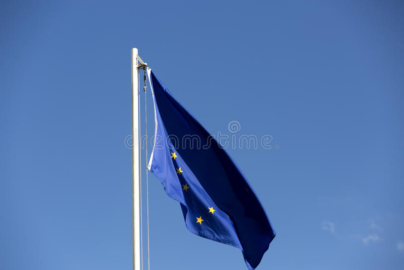 Flaga państowowa Alaska na flagpole fotografia stock