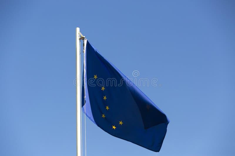 Flaga państowowa Alaska na flagpole obraz royalty free