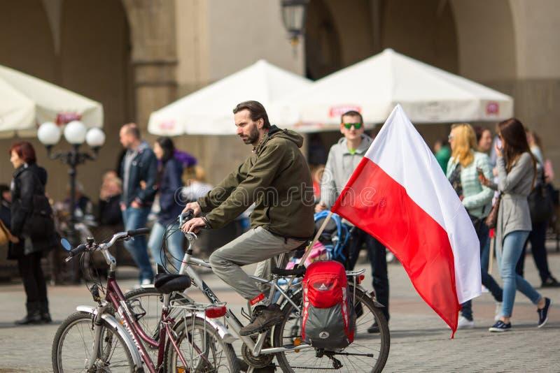 Flaga Państowowa dzień republika świętująca między wakacjami Polska (aktem 20 2004 Feb) zdjęcie stock
