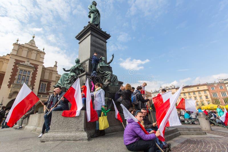 Flaga Państowowa dzień republika świętująca między wakacjami Polska (aktem 20 2004 Feb) obrazy royalty free