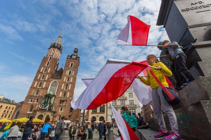 Flaga Państowowa dzień republika świętująca między wakacjami Polska: (aktem 20 2004 Feb) fotografia royalty free