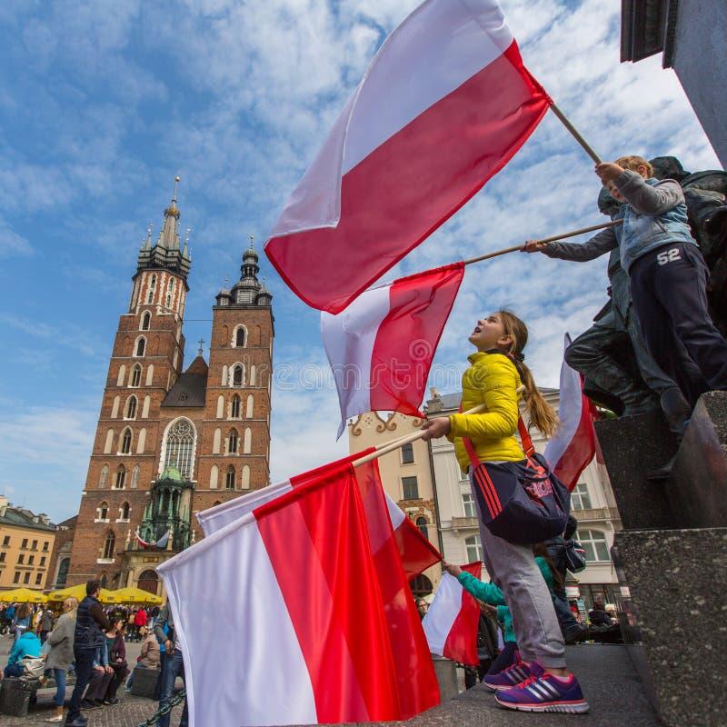Flaga Państowowa dzień republika świętująca między wakacjami Polska (aktem 20 2004 Feb) zdjęcie royalty free
