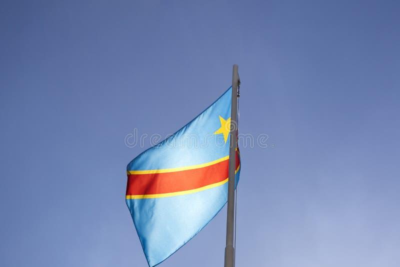 Flaga państowowa Kongo na flagpole obraz stock