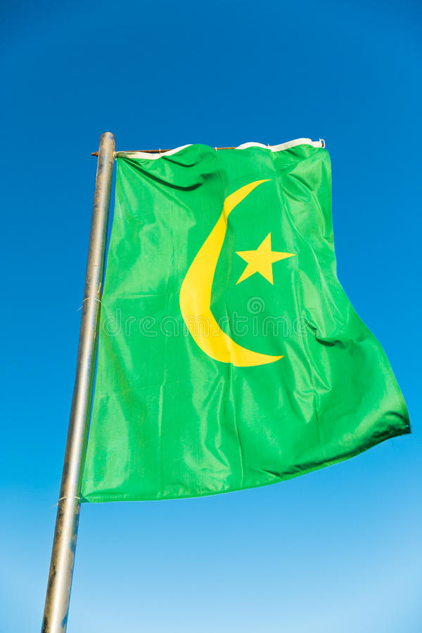 Flaga państowowa Mauretania na flagpole obrazy stock