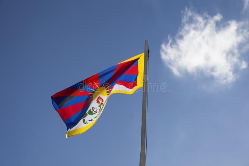 Flaga państowowa Tybet na flagpole fotografia stock