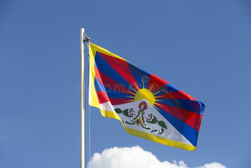 Flaga państowowa Tybet na flagpole zdjęcia stock