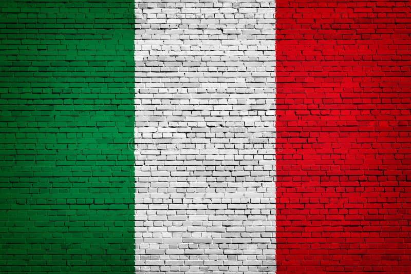 Flaga państowowa Włochy na cegle royalty ilustracja