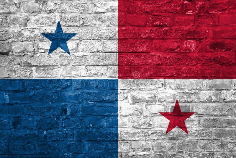 Flaga Panama nad starym ściany z cegieł tłem, powierzchnia obraz stock
