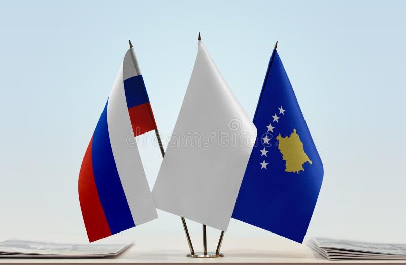 Flaga Rosja i Kosowo fotografia stock