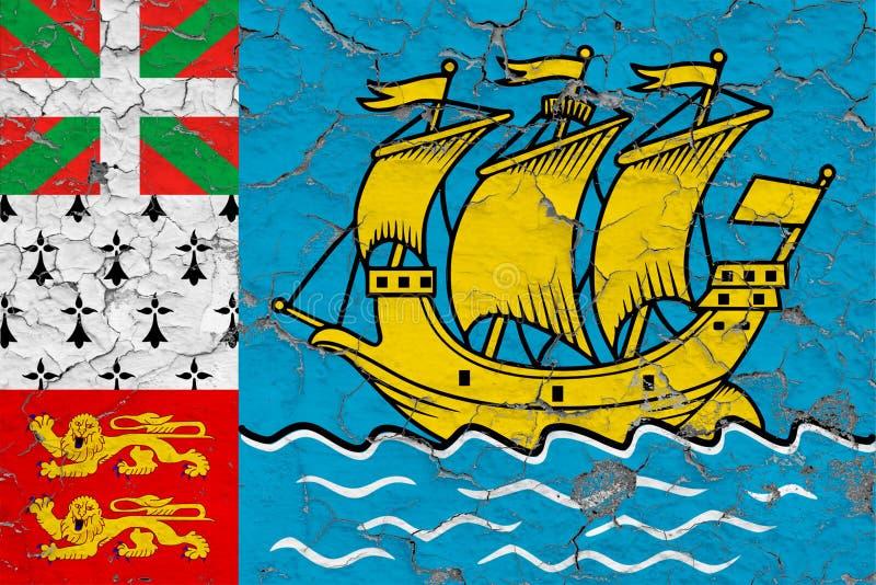 Flaga saint pierre I Miquelon maluj?cy na krakingowym brudzimy ?cian? Obywatela wz?r na rocznika stylu powierzchni royalty ilustracja