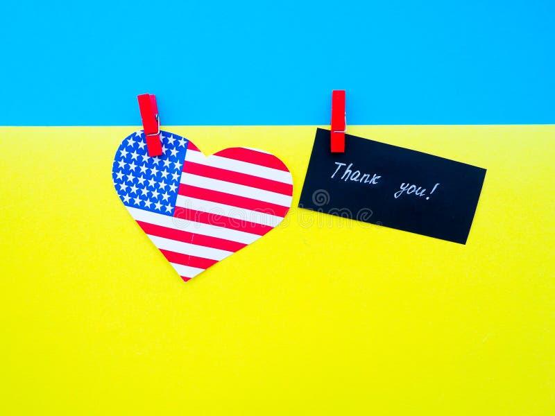 flaga Ukraina i Stany Zjednoczone Ameryka pojęcie przyjaźń i pomoc zdjęcie royalty free