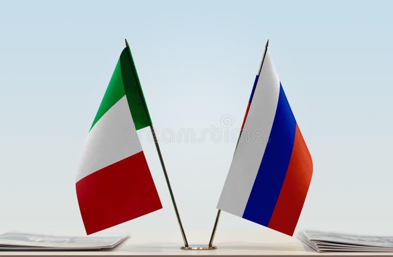 Flaga Włochy i Rosja zdjęcie stock