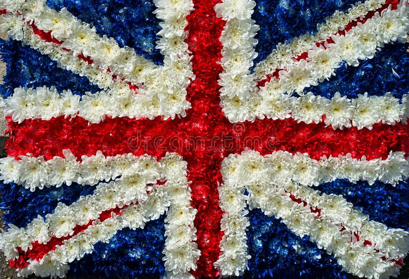 Flaga Wielkiej Brytanii wykonana z kwiatów zdjęcie stock