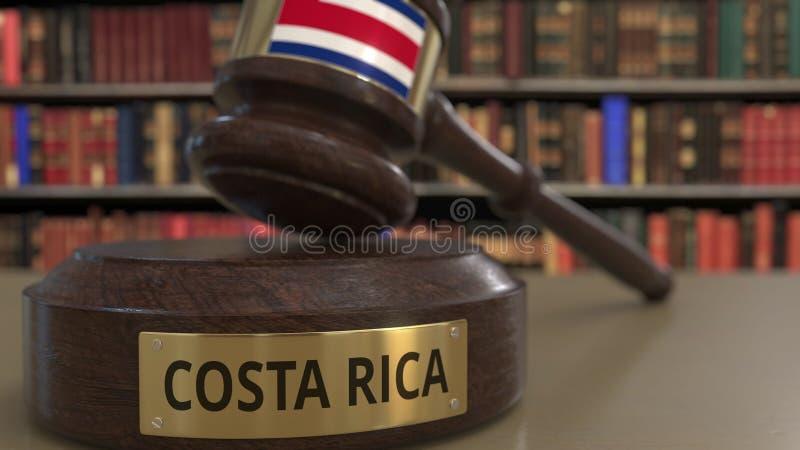 Flagga av Costa Rica på den fallande domareauktionsklubban i rätten Nationell rättvisa eller jurisdiktion gällde den begreppsmäss stock illustrationer