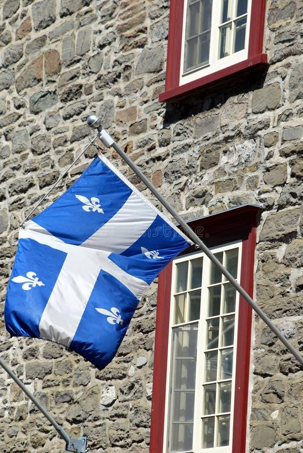 flagga quebec royaltyfria bilder