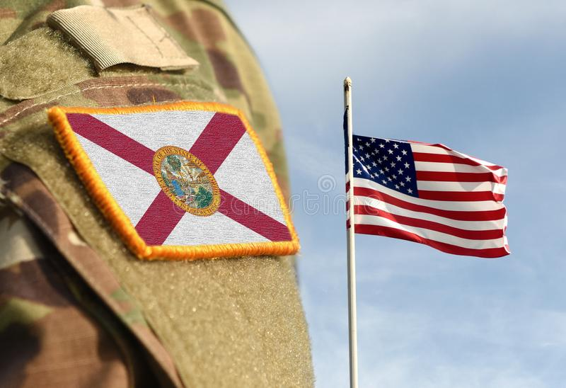Flagge des Staates Florida über militärische Uniform Vereinigte Staaten USA, Armee, Soldaten Collage lizenzfreie stockbilder