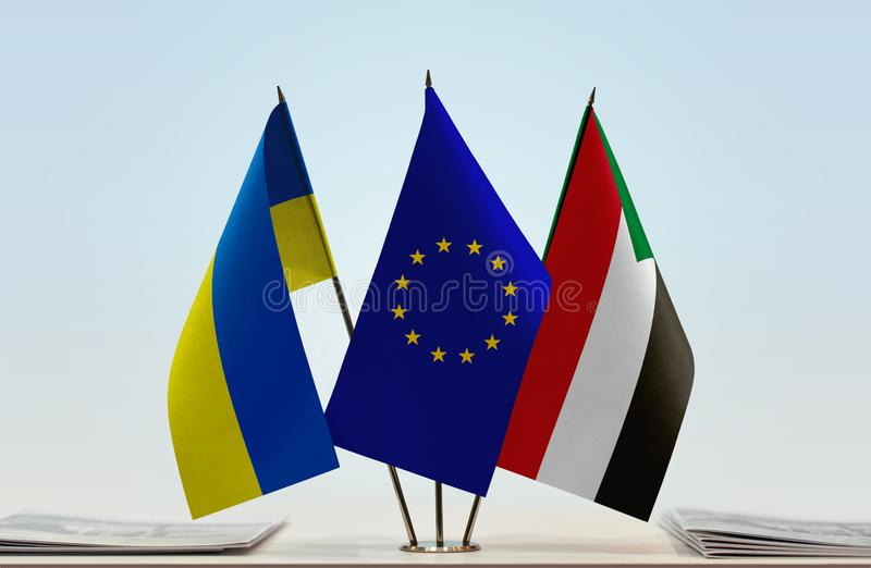 Flaggen von Ukraine EU und von Sudan stock abbildung