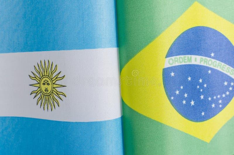 Flaggor av Argentina och Brasilien arkivbild