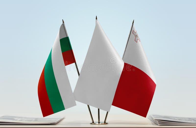 Flaggor av Bulgarien och Malta fotografering för bildbyråer