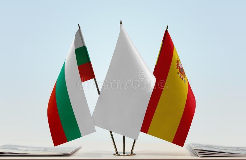 Flaggor av Bulgarien och Spanien arkivfoto