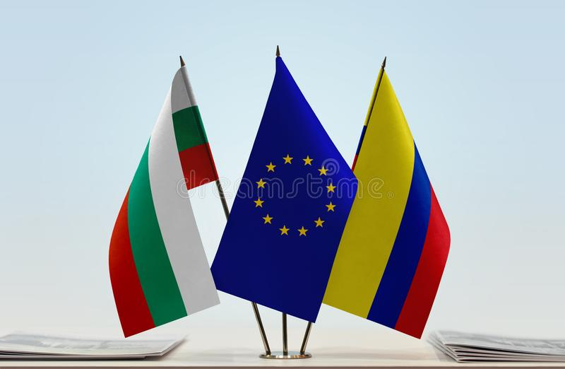 Flaggor av BulgarienEU och Colombia royaltyfri bild