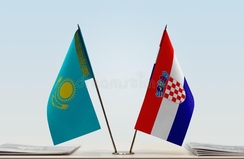 Flaggor av Kasakhstan och Kroatien arkivfoto