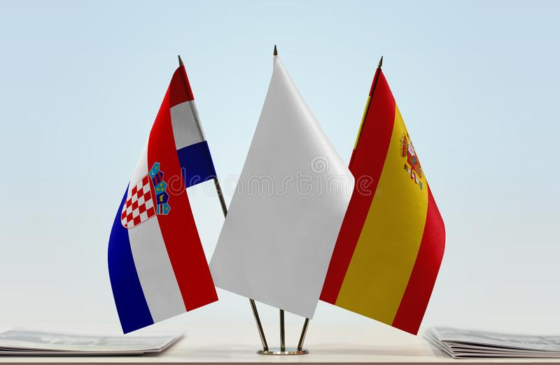 Flaggor av Kroatien och Spanien royaltyfri foto