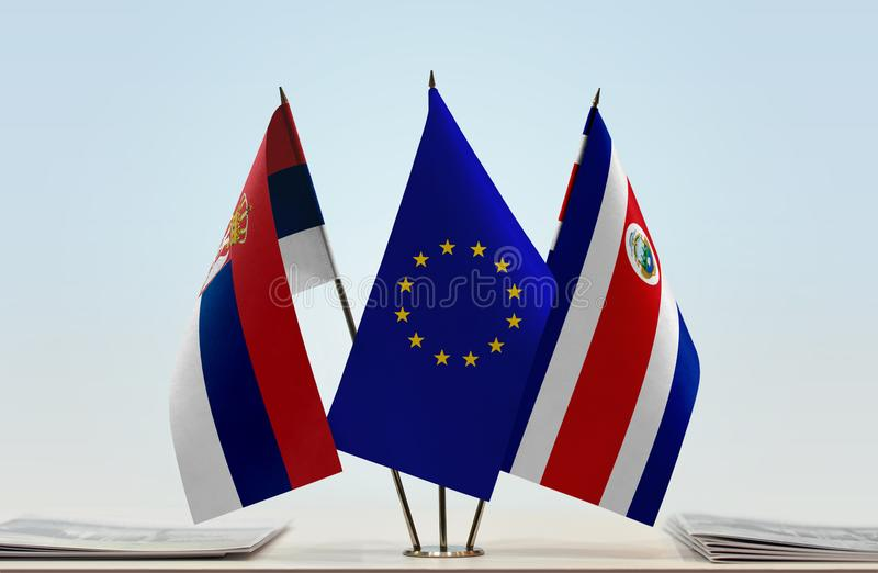 Flaggor av Serbien EU och Costa Rica arkivfoton