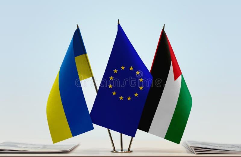Flaggor av Ukraina EU och Palestina royaltyfria bilder